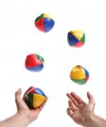 Juggling-Balls-dreamstime_m_20640953-2-e1341219298812